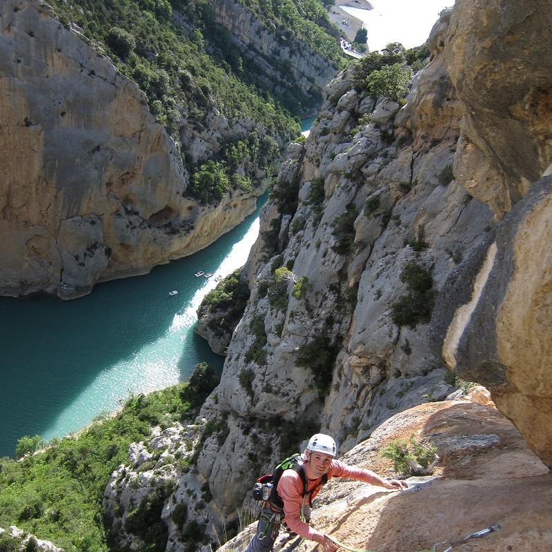 un grimpeur dans les Gorges du Verdon