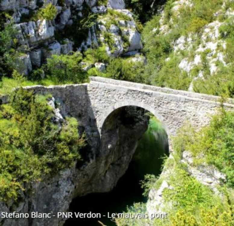 Comps-sur-Artuby - Le mauvais Pont (Randos en FAMILLE, Parc du Verdon)