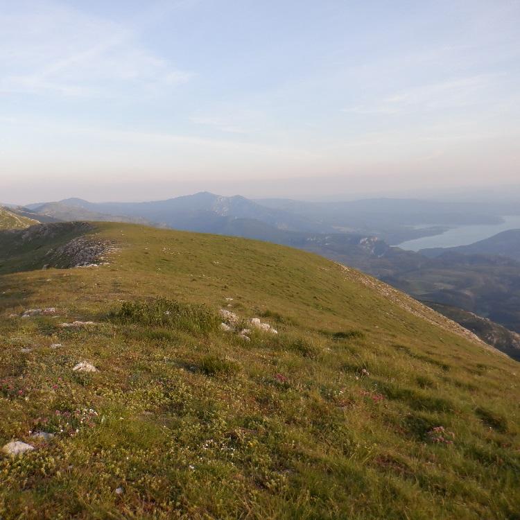 Randonnées moyennes & longues distances Moustiers - L'Agra & le Montdenier