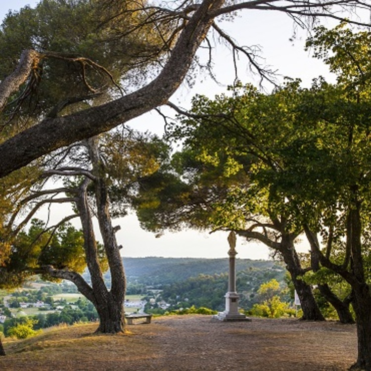Sélection des plus belles « Randos en FAMILLE » du Parc Naturel Régional du Verdon. Territoire par territoire. (©AD04-Thibaut Vergoz)