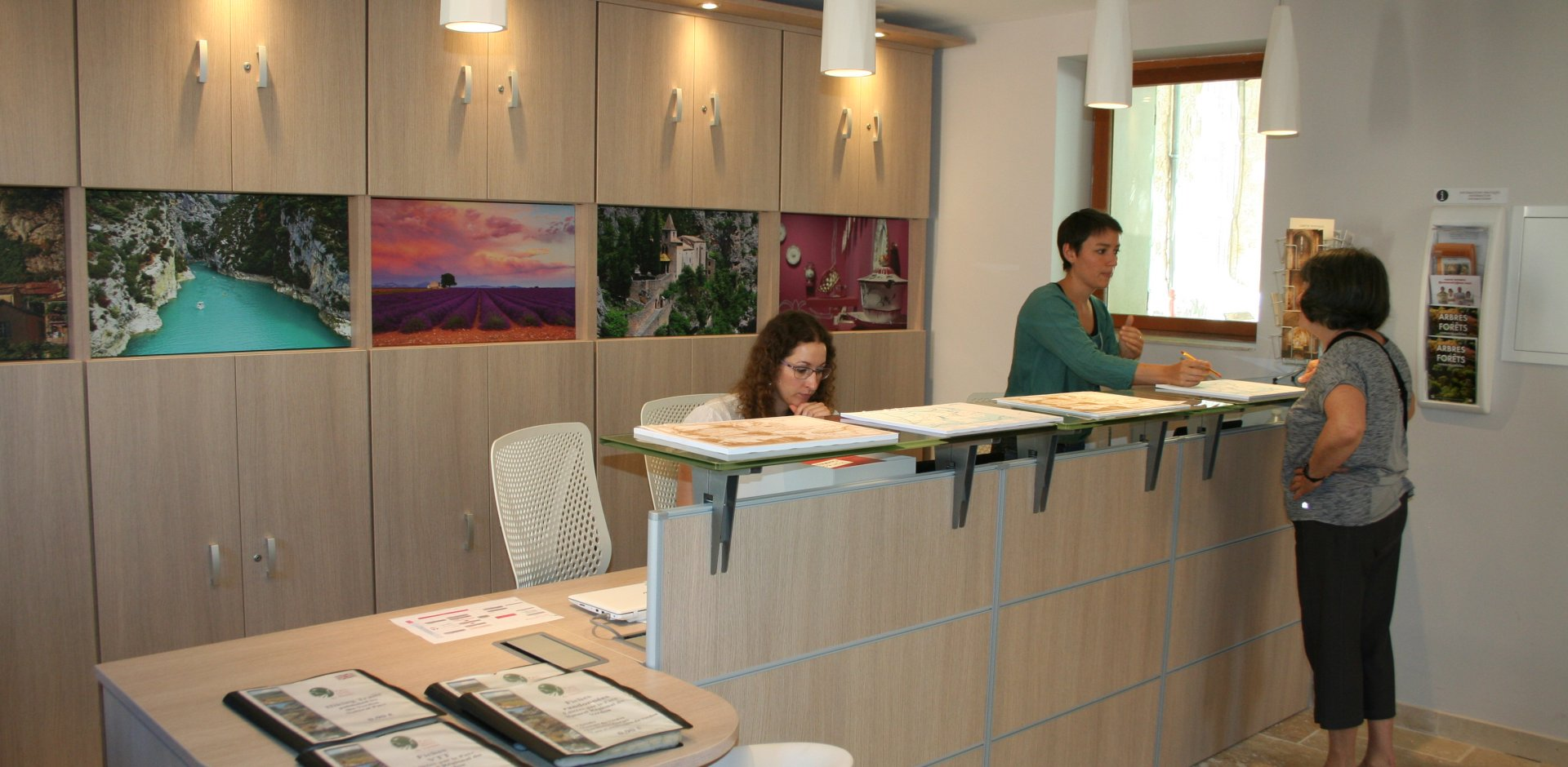 Office de Tourisme de Moustiers