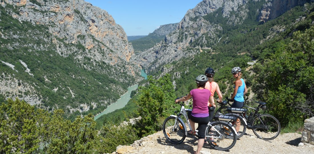 Moustiers-Sainte-Marie : un extraordinaire spot vélo & cyclotourisme !