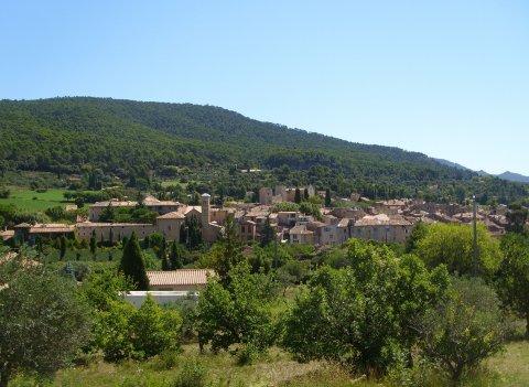 Village d'Aups