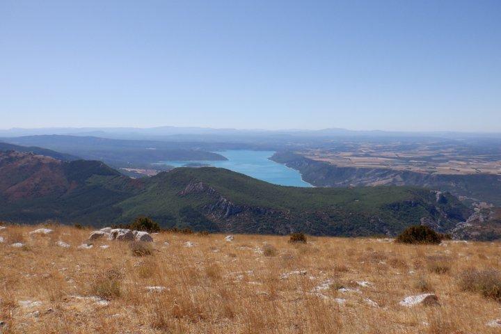 Panorama du Pavillon, côté pile : lac de Sainte-Croix et plateau de Valensole !